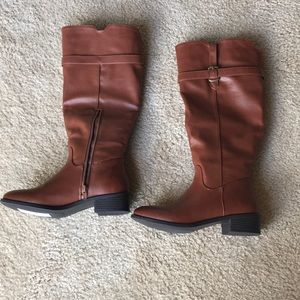 Light brown boots for Fall